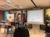 Cristian Caselles - La seguridad en el apiario - La influencia de la morfología floral en la polinización